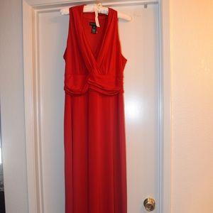 Dresses & Skirts - Long red sleeveless dress